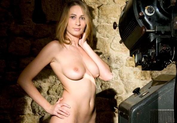 Superba Cristina Dumitru sau Cristina Model imagine Antena 33
