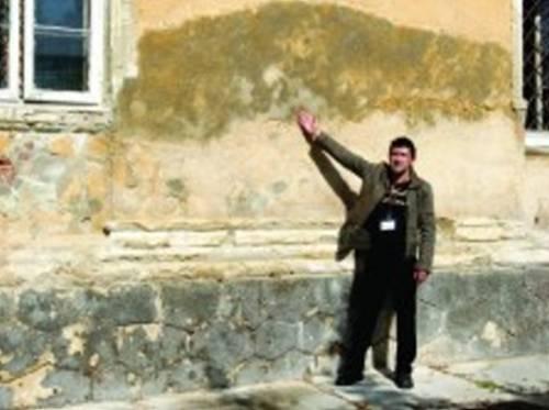 Zidul unde au fost impuscati sotii Ceausescu
