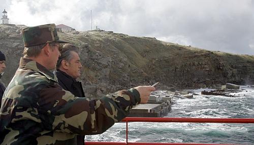 Victor Iuscenko civil pe Insula Serpilor